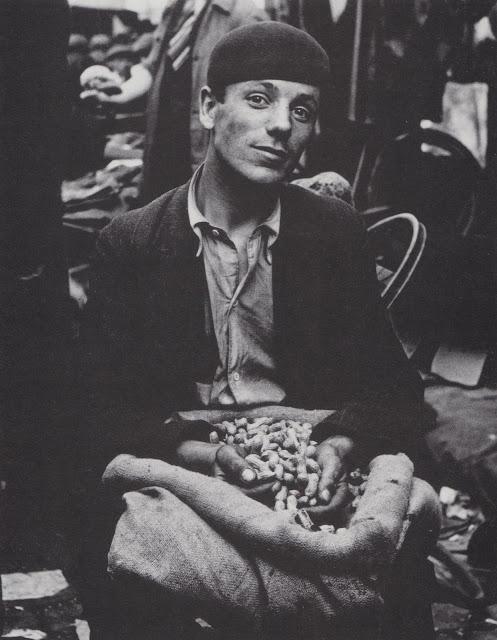 PeanutVendor 1930s