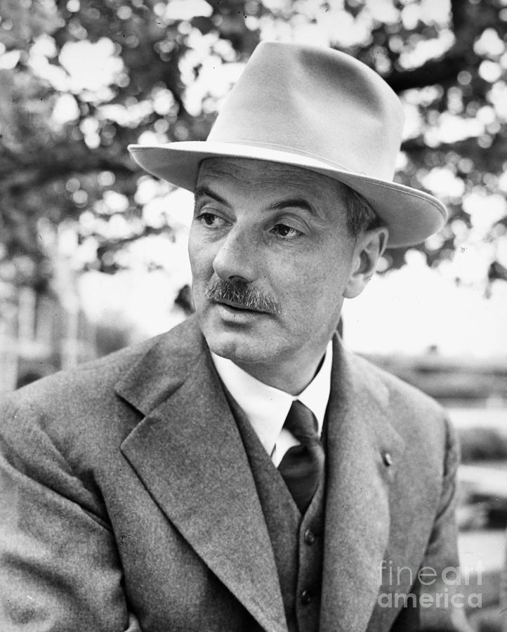 lewis-mumford-1895-1990-granger